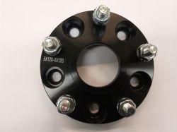 Adapteri Musta (levikepala) 25mm 6x139,7/6x139,7